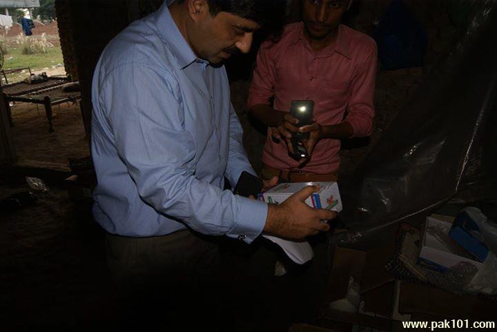 Fake_Coca_Cola_Coke_factory_Gujranwala_14_xaaab_Pak101(dot)com