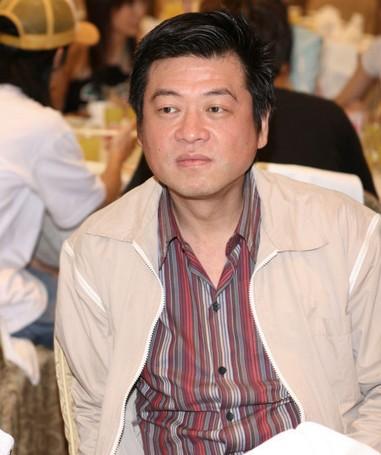 JYP經紀公司堅稱:「沒有強迫子瑜」,但台灣王牌經紀人孫德榮提出明顯疑點重重回擊!