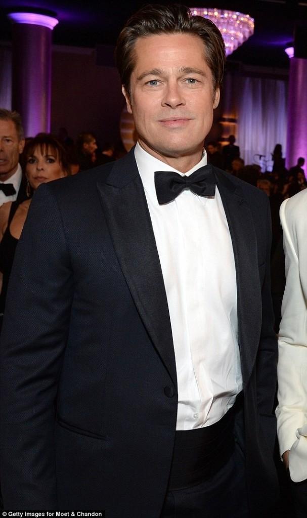 很多人發現小布出席今年金球獎竟然「回春20歲」,很多人都開始擔心他真的要開始返老還童了!