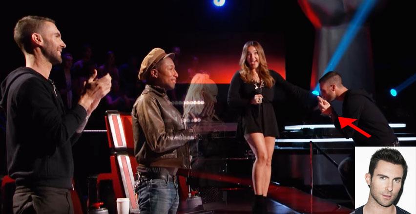 最完美歌聲讓全部評審立刻轉過身,棒到連亞當李維都忍不住上台親手求愛!