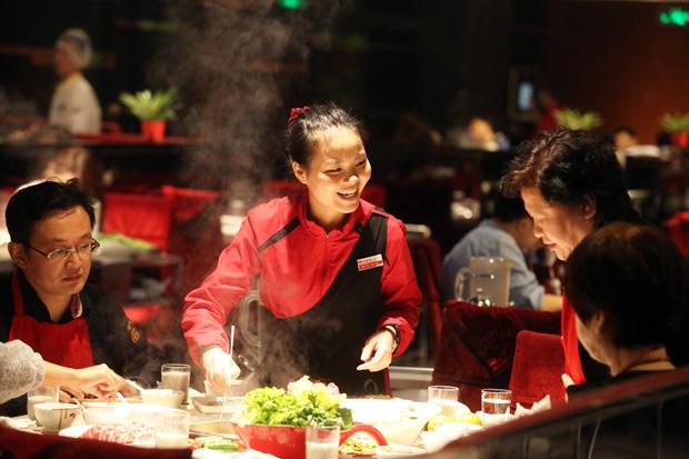 知名中國連鎖火鍋店在10多年來竟然只有2名幹部離職,聽完背後的秘密我才知道為什麼我在工作這麼不開心!