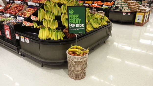 A supermarket that gives away free fruit for kids.