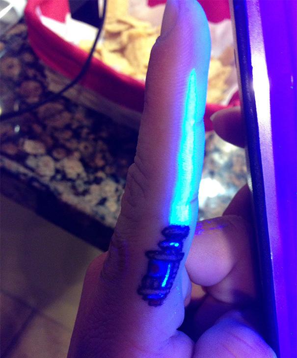 A glowing light saber.
