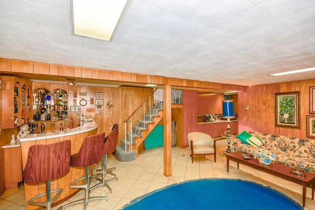 I mean, look at this bar and wood paneling.