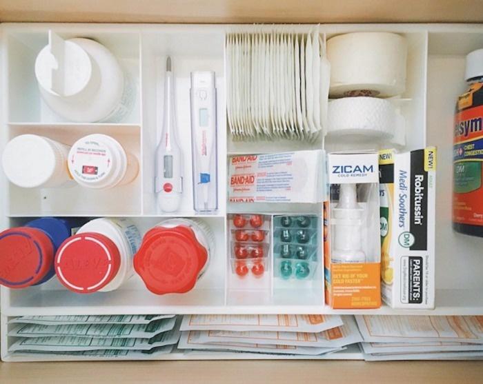 This medicine drawer.