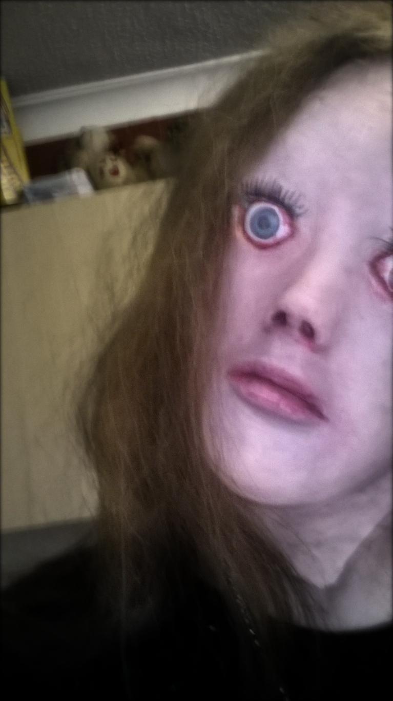 這個男生的興趣會讓你嚇到需要每天吃安眠藥!當鏡頭往上拍時...