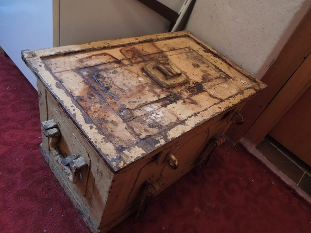 Anything kept in a rusty chest like this can't be good.