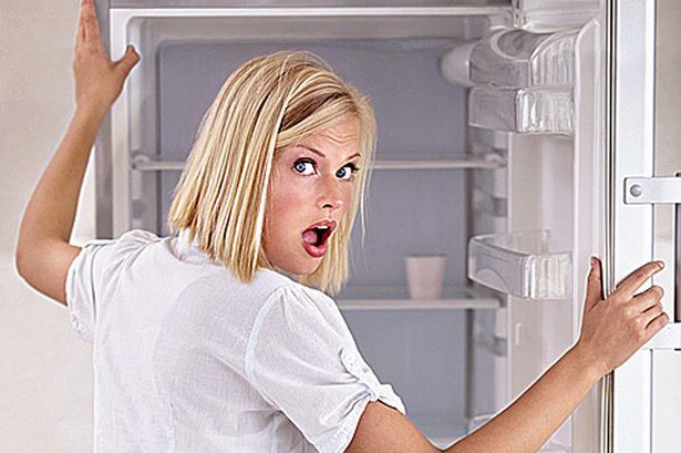 9個我們每天都在吃但完全不知道的「超噁爛食品添加物」。原來我們平常都在吃下肛門分泌物跟昆蟲?!