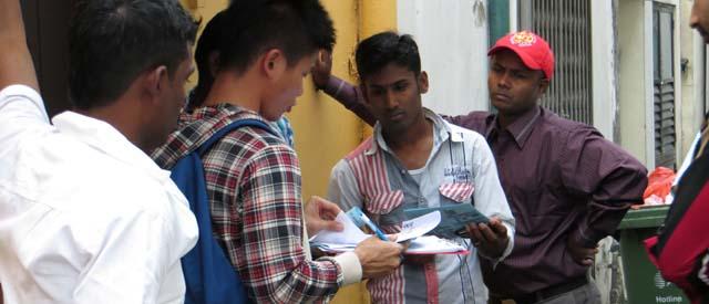 outreach_lil_india_jan2014_1032a