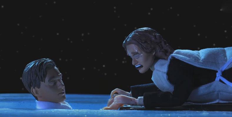 在《鐵達尼號》傑克沉入海底後其實還發生了更精采的遭遇,本來眼淚都流乾的網友都覺得全白流了啦!