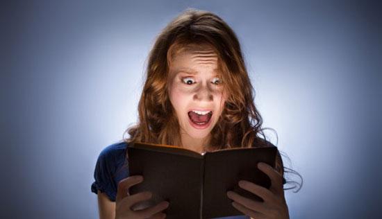 15個「雖然只有2句但也能讓你嚇到心跳停止」的超恐怖小故事。我才看到第5個就已經頭皮發麻了...