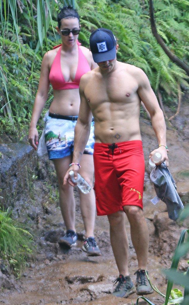 凱蒂佩芮和奧蘭多布魯又被拍到野外親熱,奧蘭多竟然當場「異軍突起」讓迷妹們驚慌失措大喊:「好壞」!