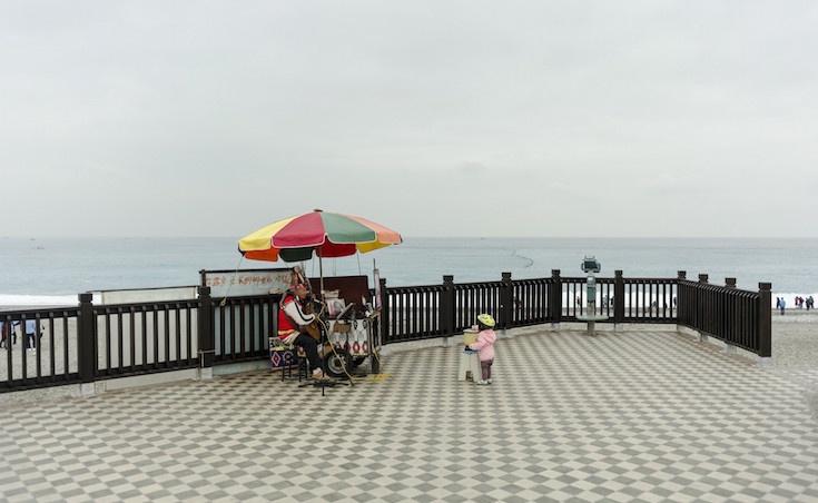 北京爸爸獨自帶2歲女兒到台灣旅行 才一踏進飯店就驚覺「老婆真的太偉大」!