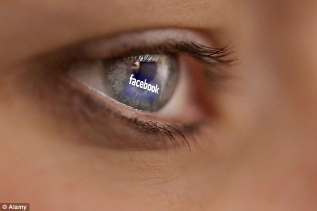 喜歡把孩子照片上傳臉書的人要小心了,你有可能會被罰125萬元!