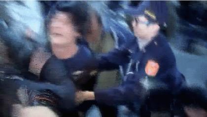 我們收集了劉小妹妹命案可惡嫌犯被群眾圍毆的「不同角度」影片,特別是那個Remix...