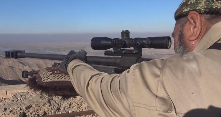 這位「62歲阿伯狙擊手」不到1年就擊殺了173名聖戰士...當訪問到一半...就變成了174人了!