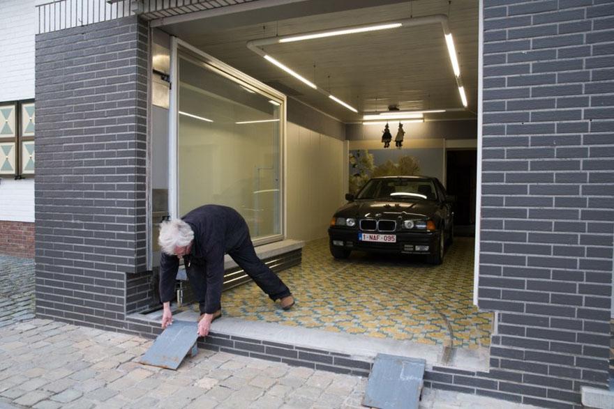 secret-garage-door-city-council-permit-eric-vekeman-6