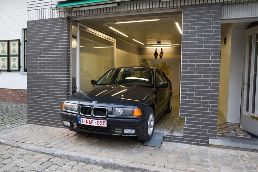 secret-garage-door-city-council-permit-eric-vekeman-1