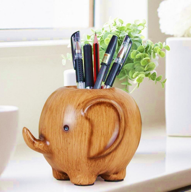 An elephant who'd rather work for pencils than peanuts.