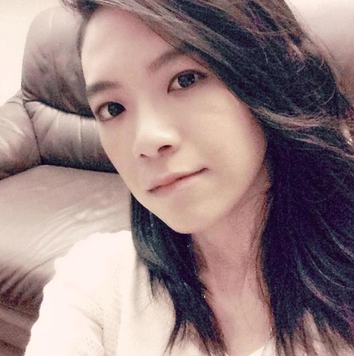 還記得《超級偶像》中帥氣的張芸京嗎?她的最新照片讓粉絲很失望因為實在是「太漂亮啦」!