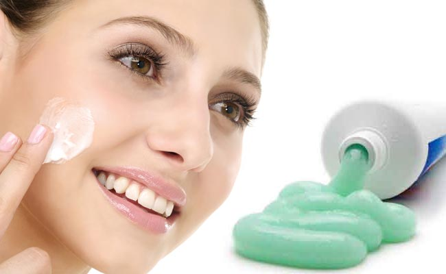 13個「會讓你發現用牙膏刷牙真的太浪費」的超強省錢牙膏用途。