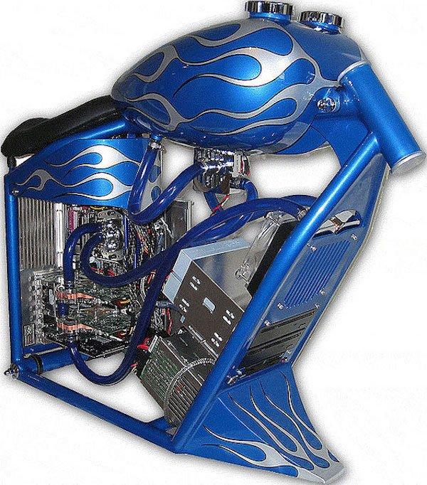 blue-computer-case