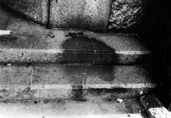 你在照片中看到的影子,其實就是證明人類性本惡的恐怖痕跡!