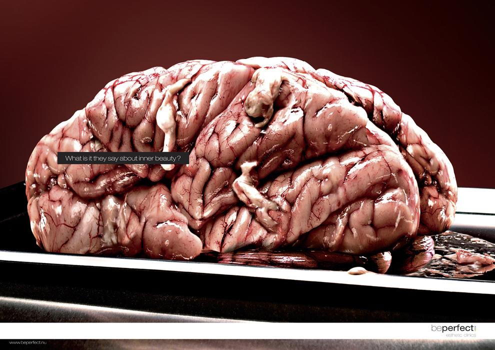 13個失敗到爆笑的醫美廣告,但看到韓國的廣告時,真的覺得很「不整真的不行了」...