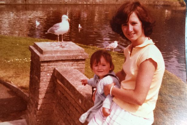 Mum-splashes-£40000-to-look-like-her-own-daughter-4