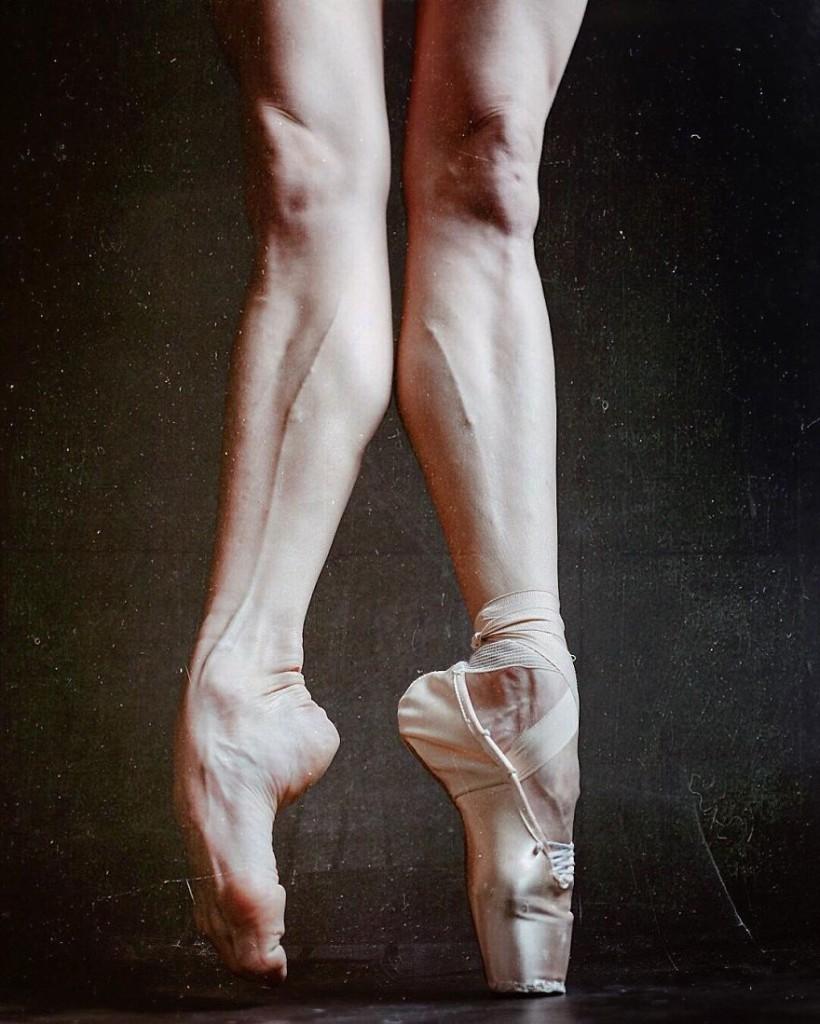 30張照片證明「芭蕾舞者絕對不是一般地球人」的超爆炸寫實生活照!