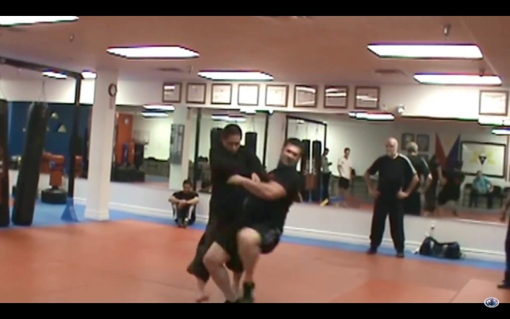 當一名終極格鬥錦標賽(UFC)選手對上了一名太極拳高手時,我才發現張三豐果然是最強的!