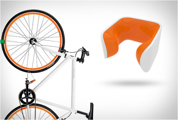 19樣會讓會讓汽車駕駛員都羨慕的「超實用單車必備商品」。