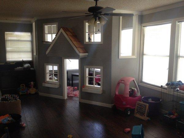 father-builds-kids-indoor-playhouse-diy-14