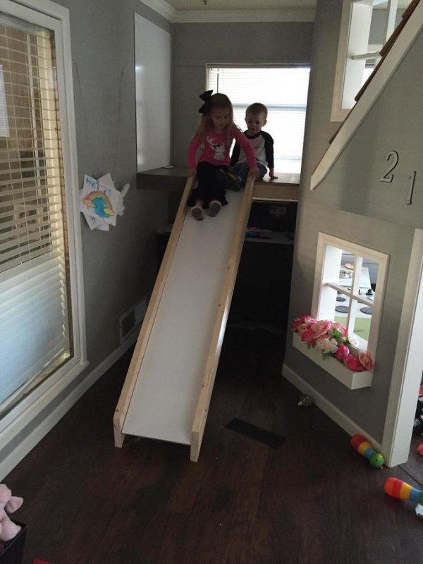 father-builds-kids-indoor-playhouse-diy-17