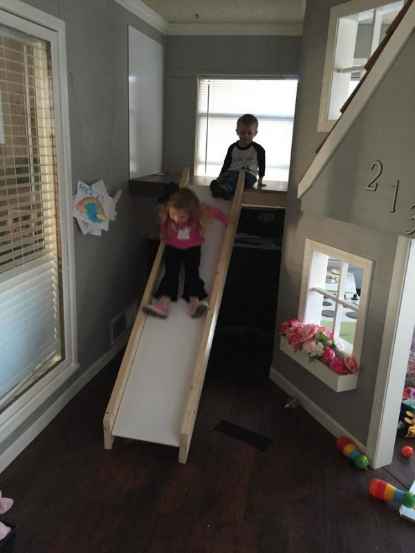 father-builds-kids-indoor-playhouse-diy-21