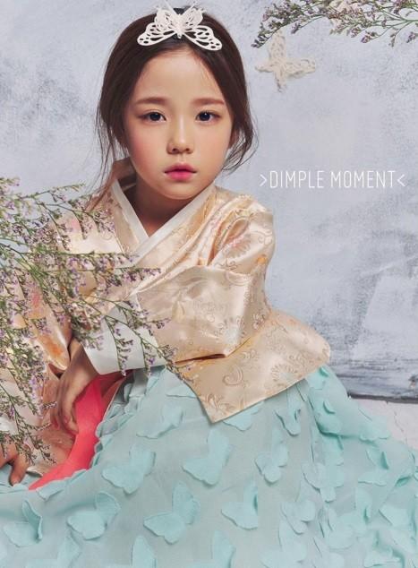 她就是讓人驚呼「我願意等她10年」的韓國小女孩模特兒,她的照片讓人不相信她只有7歲啊!
