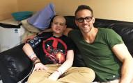 在這名小男生死於癌症後,「死侍」雷恩萊諾斯為他做的感人事情會讓你愛他愛到無法自拔!