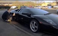 世界上最會洗車的人洗車一次要價24萬,但看到他的「超完美洗車藝術」就會知道為什麼富豪會覺得很便宜了!