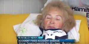 這名失明21年的老奶奶因摔倒執行脊椎手術後,說出的第一句話嚇壞現場所有的人!