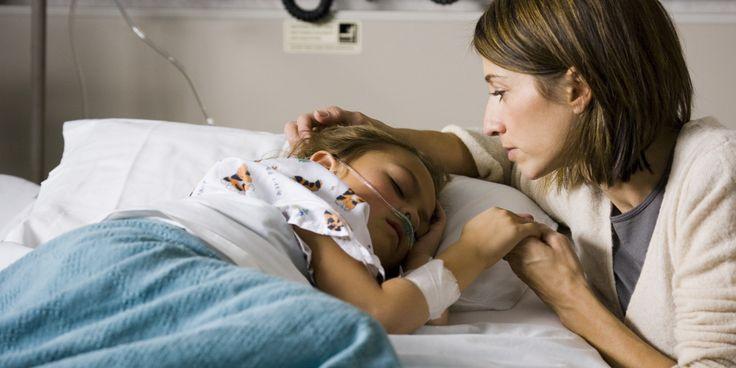 他上傳了「2歲時錢幣卡在喉嚨裡的X光照」,網友眼尖看到了最令人爆感動的溫馨亮點。