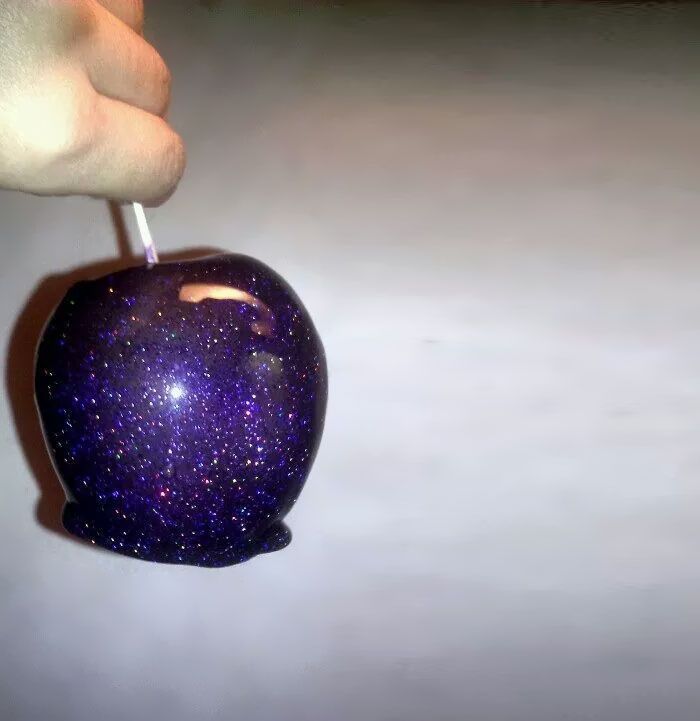 31個只要放到嘴巴裡就可以帶你環遊宇宙的「宇宙奧妙的驚奇糕點」。