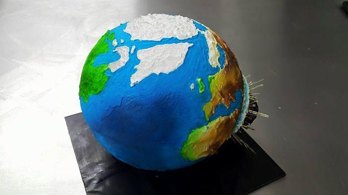 Comet Hitting Earth Cake