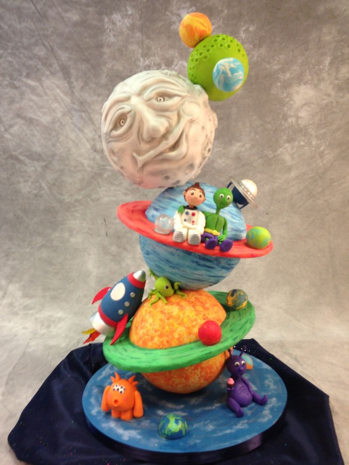 Out Of This World Gravity Defying Cake