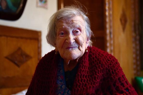 她是全球唯一「出生年份是西元18開頭」的人瑞奶奶,她透漏活這麼久是因為每天都吃些噁心的...