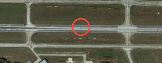 如果你放大仔細看這張Google Map街景照片的話,會發現背後隱藏著的「驚人悲慘歷史」!