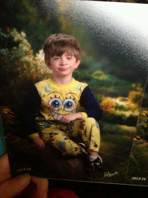 """The parent who tragically mixed up """"Pajama Day"""" and """"Photo Day"""":"""