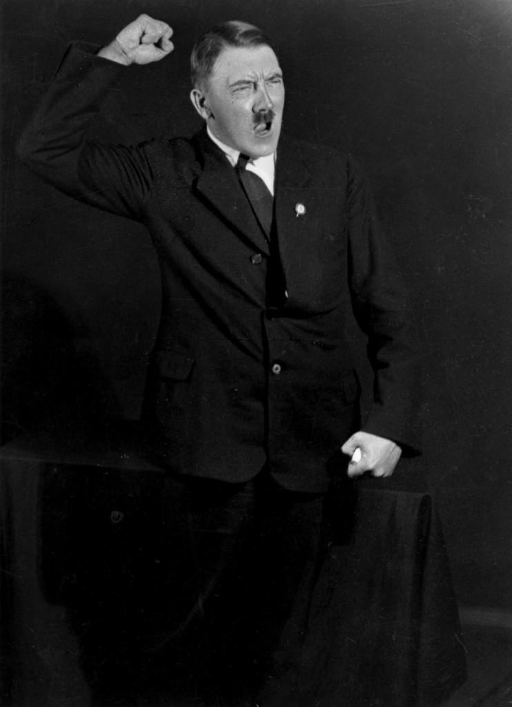 Hitler_Heinrich_Hoffmann8