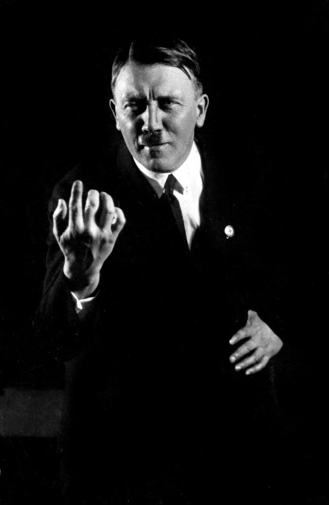 Hitler_Heinrich_Hoffmann9