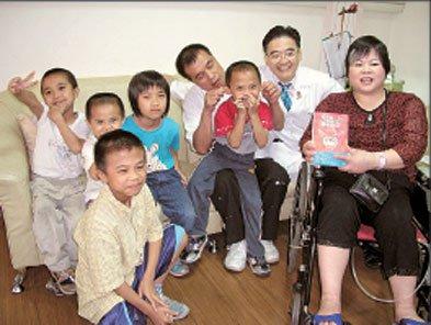 10年前「一碗麵的故事」感動台灣的魏家5小孩,他們現在都在做什麼呢?