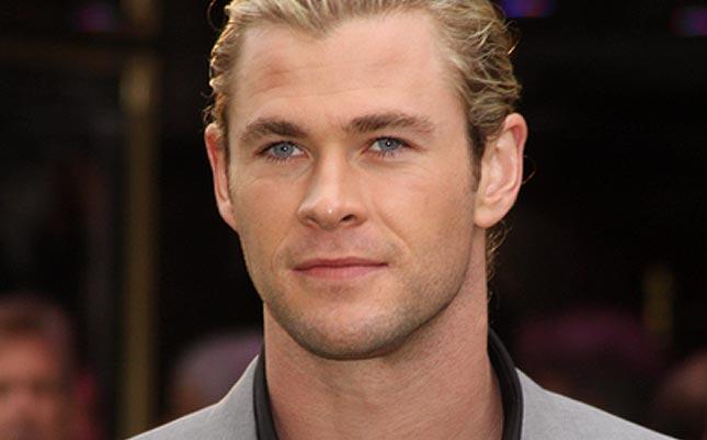 chris-hemsworth-blue-eyes